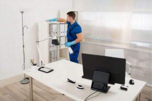 ¿Cómo desinfectar una oficina tras el teletrabajo?