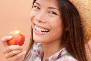Alimentos saludables para los dientes por dentista en Sevilla Clínica Dental Helident