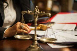 ¿Cuáles son las consecuencias de contrato en fraude de ley?